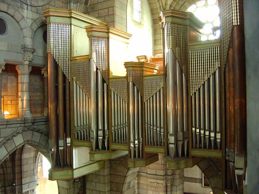 Grand orgue Jean Dunand de la cathédrale de Gap (Hautes-Alpes)